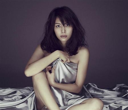 【画像】相武紗季(29)「ほぼ全裸」複数の男との濃厚ベッドシーン挑戦wwwwwwwwww