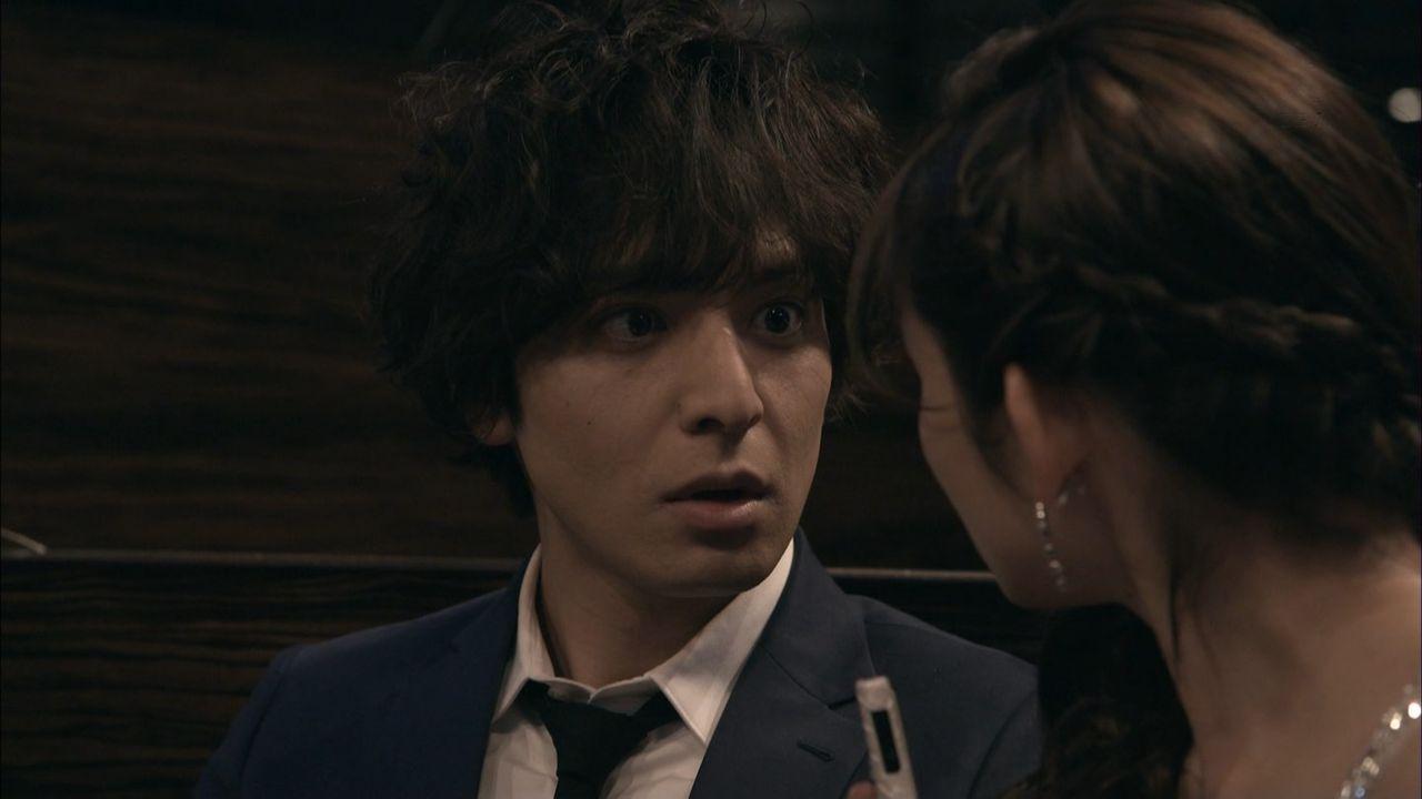 【過激画像】ドラマ「ウロボロス」で岡本玲ちゃんのCカップおっpい谷間wwwwwwwwww
