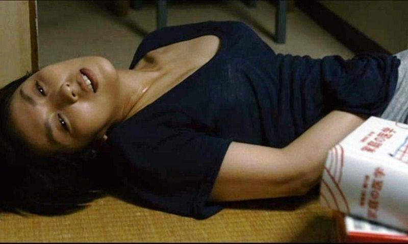 【ボッキ注意】妊娠中の松たか子の指入れオ●ニー中画像が流出wwwww(※画像あり)